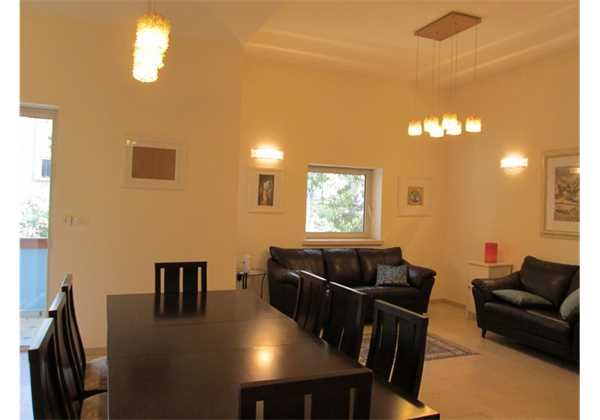 for sale  Beautiful and furnished on Aza St Rechavia Jerusalem