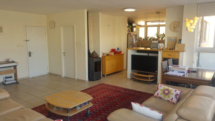 "Penthouse 5 Rooms For Sale inGivat Mordechai inJerusalem-שיר""ן"